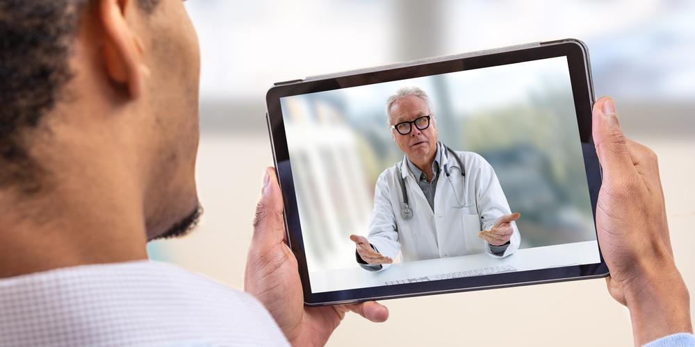 Digitaal werken in de zorg of het ziekenhuis geïmplementeerd? Tijd om de eindgebruikers te trainen en te beveiligen